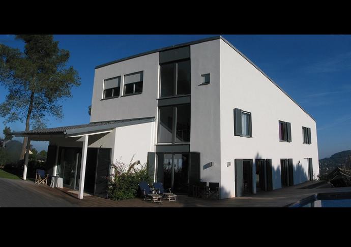 casa-pape-bassewitz-prefabricated-single-family-house-santa-maria-de-lavall-corbera-de-llobregat-barcelona-01