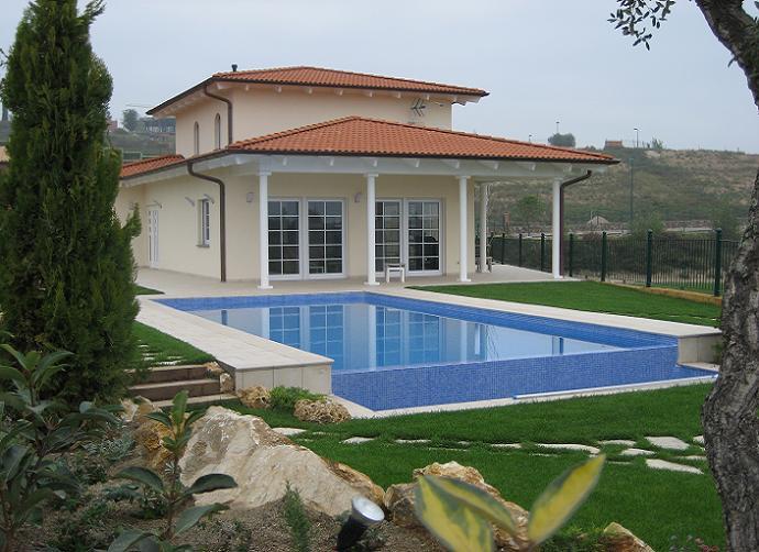 golf-masia-bach-prefabricated-single-family-house-sant-esteve-sesrovires-barcelona-01